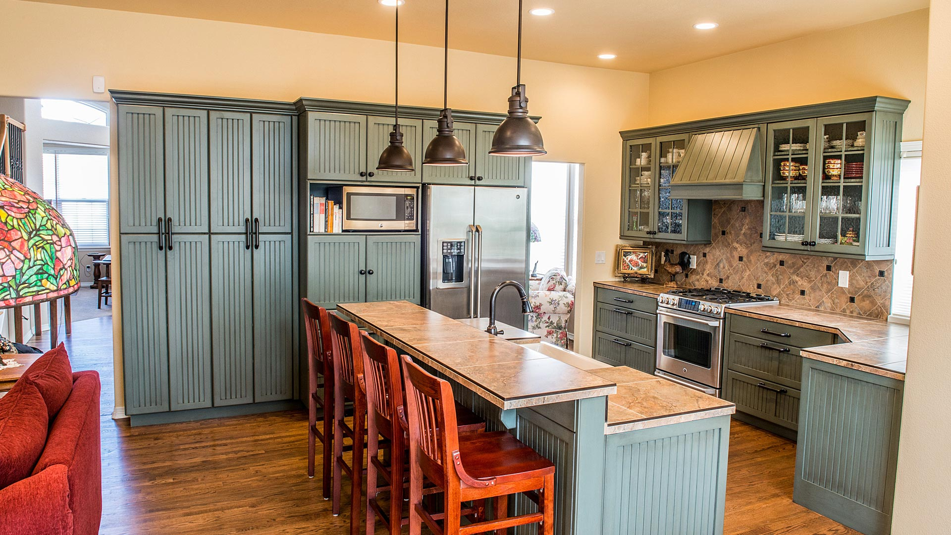 country-styled-modern-kitch